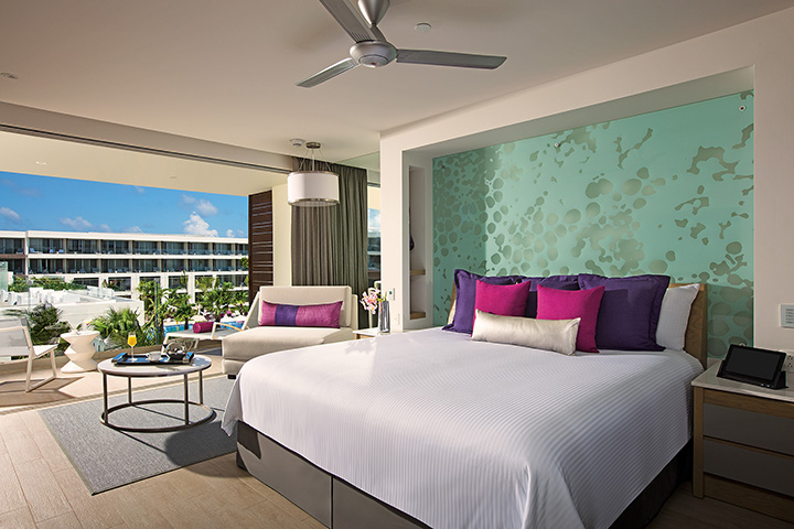BRERC_Allure_Jr_Suite_TropicalView_1A