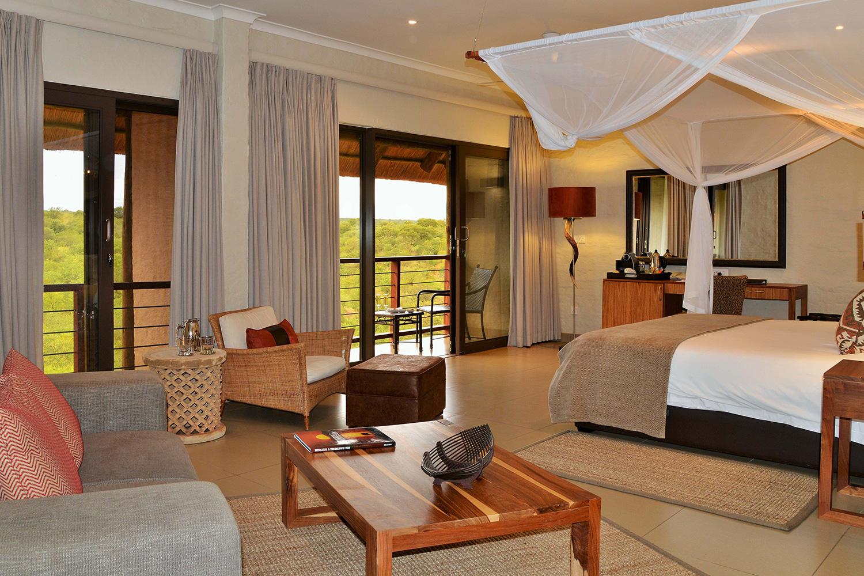 Victoria-Falls-Safari-Club-Suite